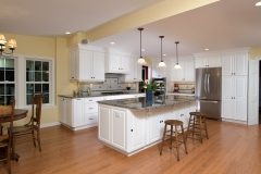 Kitchen island to ovens